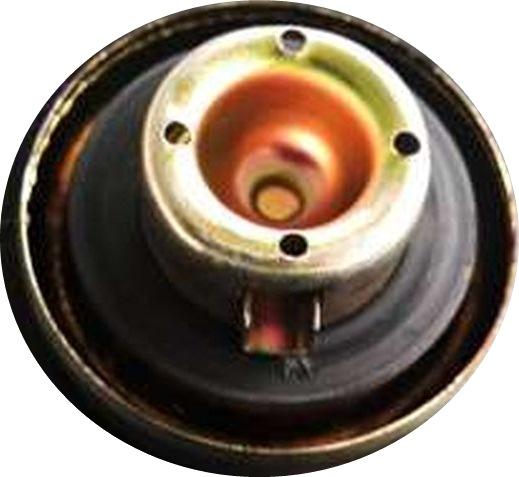 lubang pada tutup bensin tersumbat menyebabkan motor mogok