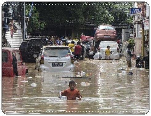 cara mengatasi mobil bekas banjir
