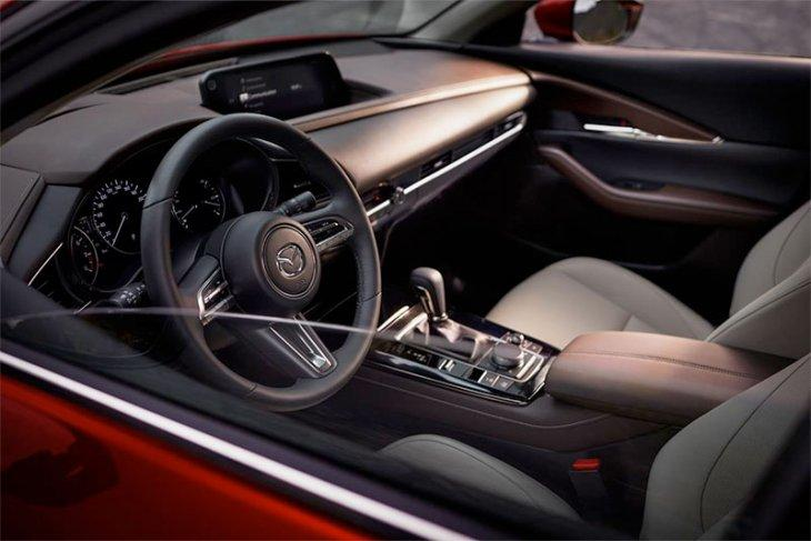 harga dan sfesifikasi Mazda CX-30